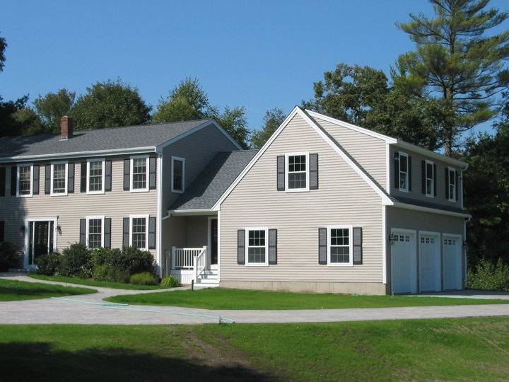 Garage addition rochester ma cfh builders for Garage addition cost